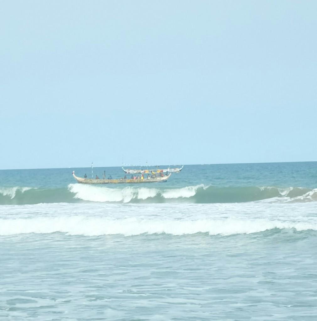 ...puis bateau dans la mer