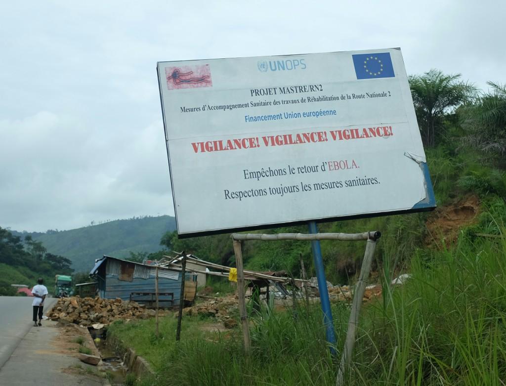 """à Macenta, petite ville toute proche de ce qui fut l'épicentre de la dernière """"crise"""" d'Ebola, au coeur de la Guinée forestière"""