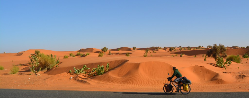 L'Afrique à vélo, leçon numéro 1: sortir des itinéraires traditionnels.