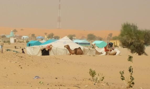 Les villages sont nombreux, parsemés de tentes