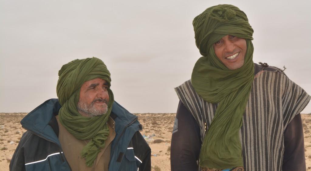 La région est à l'origine peuplée de nomades, les sahraouis