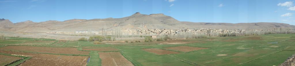 je rejoint Agoudal, l'un des plus haut village du Maroc